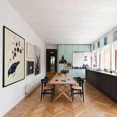 Gallery wall in dining area: pp møbler Kitchen Interior, House Design, House, Interior, Home, House Interior, Home Deco, Home Kitchens, Home And Living