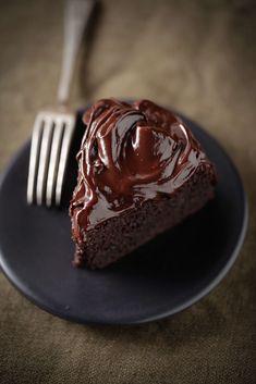 Dark chocolate, coconut flour cake