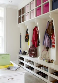 Ways to Make Your Mudroom More Functional lots of room to organize in this Mud Room. check out the shoe storage.lots of room to organize in this Mud Room. check out the shoe storage. Mudroom Laundry Room, Mudroom Shelf, Entryway Storage, Flur Design, Shoe Storage, Shoe Shelves, Shoe Racks, Storage Bins, Diy Storage