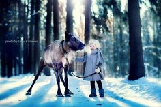 Russian Photographer Elena Karneeva Captures Magical Photos of Animals & Children Playing - BlazePress Cute Kids Photography, Winter Photography, Amazing Photography, Photography Ideas, Fashion Photography, Kid Poses, Precious Children, Beautiful Children, Children Images