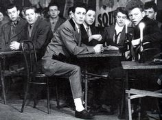 Teddy Boy Style, Teddy Girl, Teddy Boys, Rock And Roll Artists, 50s Rock And Roll, Urban Tribes, Psychobilly, Wild Hearts, Historical Photos