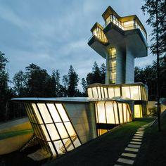 V Rusku dokončili sci-fi dům podle návrhu Zahy Hadid   EARCH.