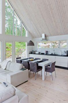 Saaristolaistalo Hollolassa Best Interior, Home Interior Design, Cottage House Designs, Timber Cabin, Inside A House, Tiny House Loft, Cabin Interiors, A Frame House, Cool Apartments