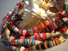 collier perle en papier roulé