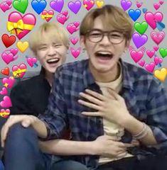 New memes heart kpop nct Ideas Lucas Nct, Meme Faces, Funny Faces, Fan Fiction, K Pop, Reaction Pictures, Funny Pictures, Stupid Pictures, Memes Amor