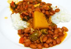 Boricua Style Habichuelas Guisadas Frescas (Stewed beans from Scratch)
