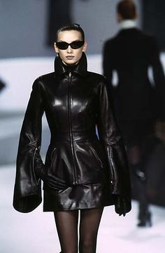 designed by Claude Montana  i want this NOW ! #leather #fashion #black