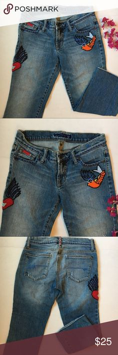 Switch USA Embroidered Capri jeans Super cool Embroidered jeans in good condition, no flaws. Inseam is 22 inches and has unfinished hems. Switch usa Pants Capris