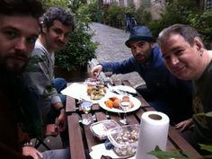 Pause déjeuner: traiteur portugais et beau temps! la vie est belle!