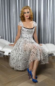musical dress... beautiful as is, but I can see it as an essence with a romantic for where it's black, too...