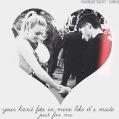 Awwwwwwwwwwww I love this!!!! ❤ This picture made my day! I love ZERRIE!!!!!! #Zerrieforever