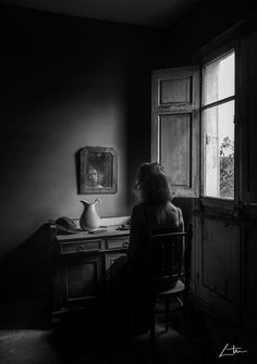 Discover recipes, home ideas, style inspiration and other ideas to try. Window Photography, Dark Photography, Black And White Photography, Portrait Photography, Photo Portrait, Southern Gothic, Light And Shadow, Dark Art, Nostalgia
