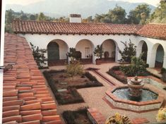 Spanish style homes – Mediterranean Home Decor Spanish Colonial Homes, Colonial Style Homes, Spanish Style Homes, Spanish Revival, Spanish House, Mexican Style Homes, Hacienda Style Homes, Boho Glam Home, Spanish Courtyard