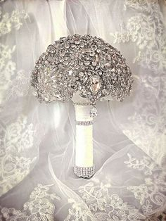 Deposit on made to order Crystal Bling Brooch Bouquet. Diamond Jeweled Bridal Broach Bouquet on Etsy, Great Gatsby Wedding, 1920s Wedding, Bling Wedding, Mod Wedding, Wedding Flowers, Dream Wedding, Wedding Ideas, Gatsby Theme, Wedding Vows