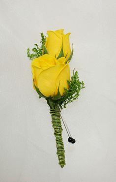 P65 Yellow spray rose boutonniere