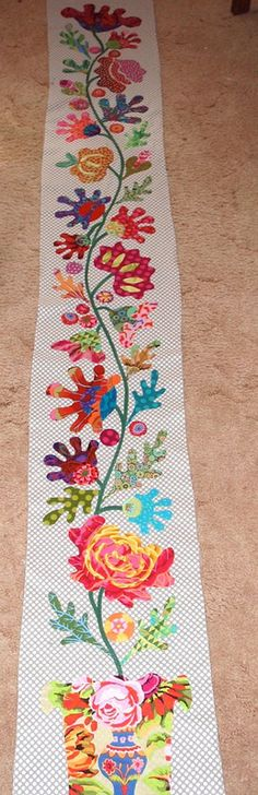 WONDERFUL FOLK ART FLOWER BORDER - Kim McLean Flower Garden