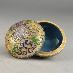Vintage Chinse Cloisonne Handcrafted Small Jewelry Box by soyon, $20.00