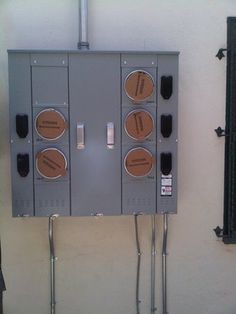 Electric service panel upgrade in Los Angeles, CA
