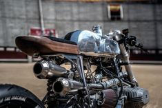 """BMW R100RS Cafe Racer """"The Silver Bullet"""" - Revival of the machine and XTR Pepo #motorcycles #caferacer #motos 