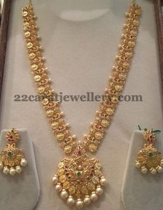 Gold Jewelry Design In India India Jewelry, Jewelry Sets, Jewelry Storage, Jewelry Making, Geek Jewelry, Jewelry Model, Jewelry Trends, Jewelry Accessories, Indian Jewellery Design