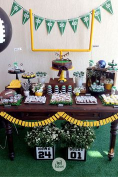 Who's ready for the big game! Party idea by milfolhas_festas Football Candy Table, Football Party Decorations, Football Banquet, Football Themes, Football Decor, Sports Themed Birthday Party, Football Birthday, First Birthday Parties, First Birthdays