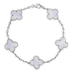 1stdibs | VAN CLEEF & ARPELS Chalcedony Vintage Alhambra Bracelet - Outfit 405