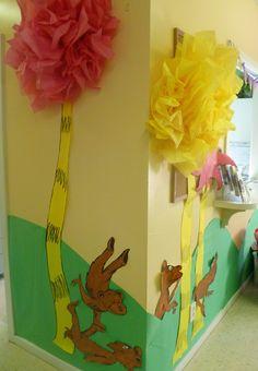 The lorax easier truffala trees dr seuss школа. Classroom Decor Themes, Preschool Classroom, Kindergarten, Classroom Door, Classroom Activities, Classroom Organization, Classroom Ideas, Dr Seuss Birthday, Birthday Board