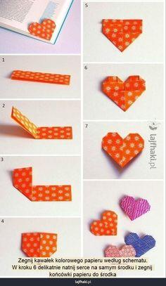 Zakładka do książki w kształcie serca - Zegnij kawałek kolorowego papieru według schematu. W kroku 6 delikatnie natnij serce na samym środku...
