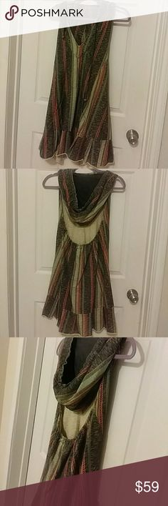 Free people halter top jersy dress with a hoodie New without tag.  Free People jersey dress with pockets in the front. The colors are burnt orange,hunter green and black. Free People Dresses Midi