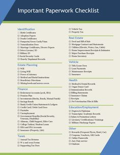 You won't forget a thing with this free printable checklist of important papers and documents to organize in a home filing system! FREE PRINTABLE CHECKLIST #paperwork #getorganized #homeowner #homefiling Organizing Paperwork, Binder Organization, Organising, Home Filing System, File System, Family Emergency Binder, Emergency Preparedness Kit, Home Binder, Household Binder