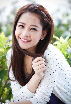 Hot girl Hà Thành hiện đang là hot girl được yêu thích nhất hiện nay. Không thể phủ nhận độ hot của Chi Pu khi năm 2014 vừa qua, cô liên tục phủ sóng khắp các mặt báo khi tham gia nhiều bộ phim ăn khách như Hương Ga, Chung Cư http://tintuc.vn/tags/tam-tit http://tintuc.vn/tam-su http://tintuc.vn/tin-tuc-trong-ngay http://tintuc.vn/giao-thong