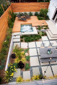 Awesome 80 Small Backyard Landscaping Ideas on a Budget https://homevialand.com/2017/06/21/80-small-backyard-landscaping-ideas-budget/