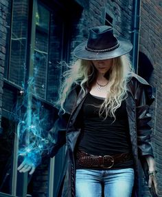 Jen Page Dresden Files Cosplay! Costume creation: Meescha Dare Hair/Make Up/Photoshop Wizardry: Jen Page Photography: Max Holechek Amazing Novel Inspiration: Jim Butcher