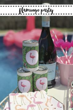 Everyday Party Magazine hosted a darling pink flamingo pool party. #Flamingo #FlamingoParty