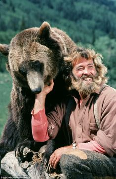 Grizzly Adams star Dan Haggerty dies at 74 after battle with cancer Seve. - Grizzly Adams star Dan Haggerty dies at 74 after battle with cancer Seventies star: The Li - Grizzly Adams, 1970s Tv Shows, Old Tv Shows, Mode Country, Nbc Series, Celebrity Deaths, Mountain Man, Classic Tv, Black Bear