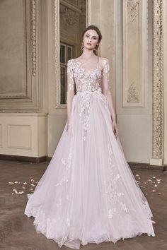 Vivienne Wedding Gown #VivienneWeddingGown #OtiliaBrailoiuAtelier #weddingdress #AnUntoldPoem