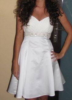 Kup mój przedmiot na #vintedpl http://www.vinted.pl/damska-odziez/sukienki-wieczorowe/18092573-piekna-krotka-suknia-slubna-r36-z-krysztalowym-pasem-swarovski