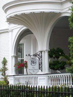 Charleston SC, 2 Meeting Street