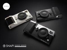 SNAP! / カメラ型 iPhone4/4S用ケース    レンズキャップは洒落?  それとも  「撮ってませんよ〜」  に見せるため?