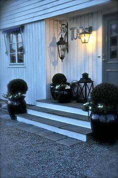 Villa Paprika - Outdoor Life, Outdoor Rooms, Outdoor Decor, Kerb Appeal, Apartment Balconies, Decorating Small Spaces, Balcony, Porch, Garage Doors