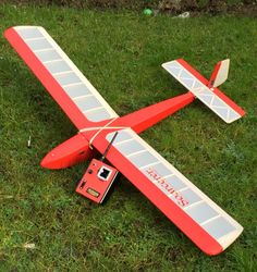 I've just built a Dave Hughes Soarcerer. Who remembers these? Great slope soarer from the late The radio is an old Horizon 2 channel set that I've. Radios, Rc Model Aircraft, Vintage Models, Model Airplanes, Radio Control, Activities, Dreams, Sports, Gliders