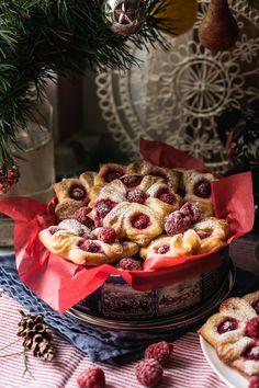 Lemon and raspberry buns - RU Chocolate Chalk
