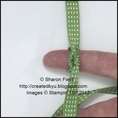 Tie a perfect knotted bow on your fingertips! Full tutorial, step by step.