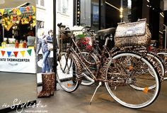 dolce-and-gabbana-ss12-collection-animalier-leopard-bicycle-limited-edition-Bike-My-City-ss2012-swidesign-salonedelmobile-spiga2-spiga26-event-thestylistme -mis-ssicily-bag-details