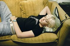 Lise Sarfati / The New Life series: Kathryne #32, Oakland, CA, 2003