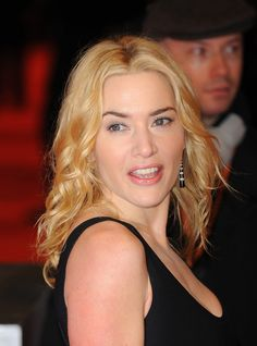 Kate Winslets down and dressy hairstyle at the 2010 BAFTA Film Awards