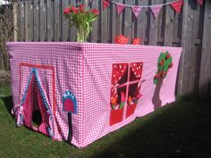 Tent for kids, to put over the dinnertable.