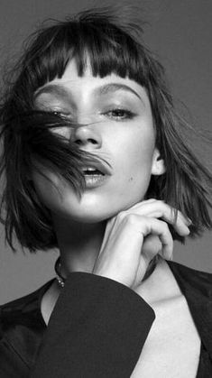 After all, love is a good reason to make everything go wrong. Ursula Corbero Get inspired with Photography Women, Portrait Photography, Color Photography, Art Visage, Baby Bangs, Spanish Actress, Bob Hairstyles, Pretty People, Brows