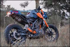 KTM Duke 200 Custom – Chappie   DERESTRICTED