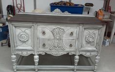 Done with Dixie belle. Chalk paint fluff. And glaze. Stained top